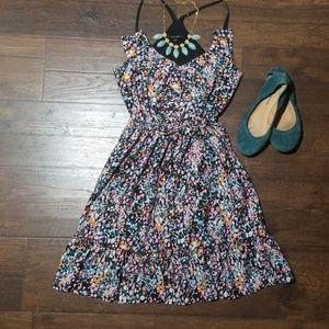 37: FUN & FLIRTY spring dress with cinch waistline